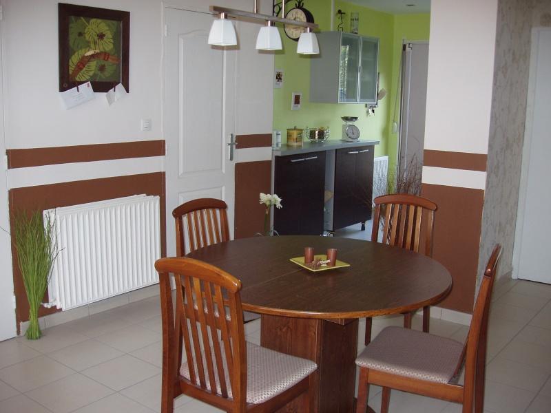 conseil d co associer peinture marron et meubles page 2. Black Bedroom Furniture Sets. Home Design Ideas
