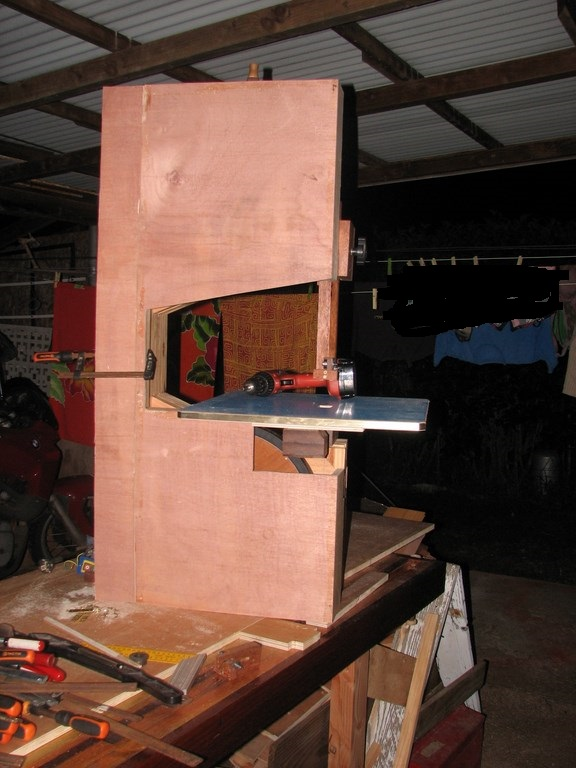 fabrication d 39 une scie ruban en bois page 2. Black Bedroom Furniture Sets. Home Design Ideas