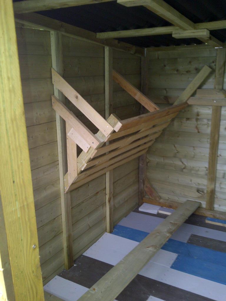construction en cours future cabane de pop corn page 2. Black Bedroom Furniture Sets. Home Design Ideas