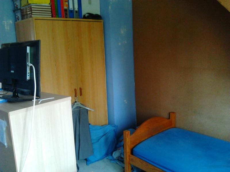 agencement couleurs chambre mansard e. Black Bedroom Furniture Sets. Home Design Ideas